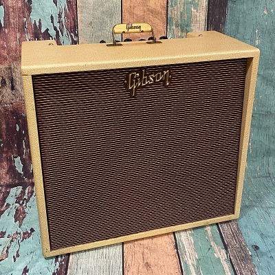 1961 GA 45 Blonde w/ Road Case