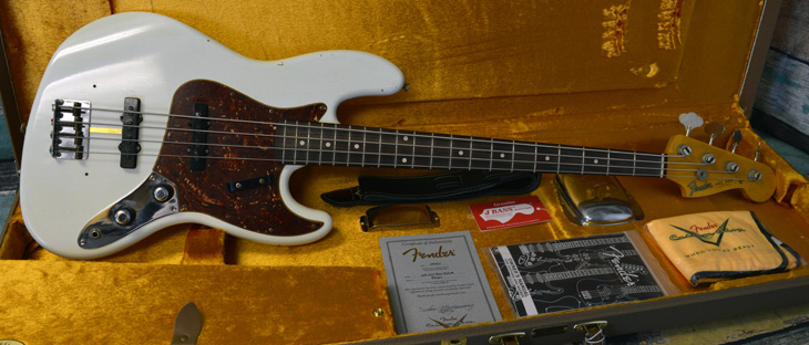 2015 Custom Shop 1960 Journeyman Jazz Bass Relic  -  Cat No:   -  Click To Order  -  ID: 4381